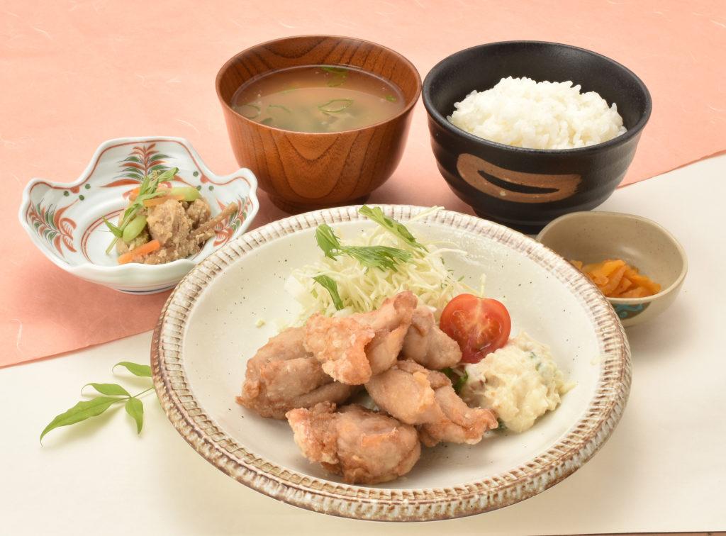 竜田揚げ定食(みそ汁付)