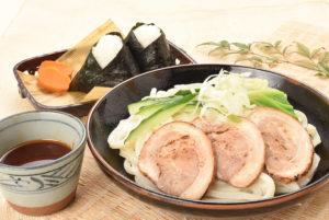 チャーシューピリ辛つけ麺セット