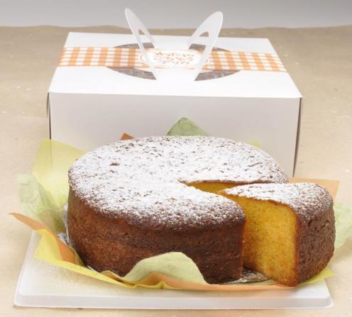 <わたやごちそうデリカ>にんじんケーキ(ホールサイズ)