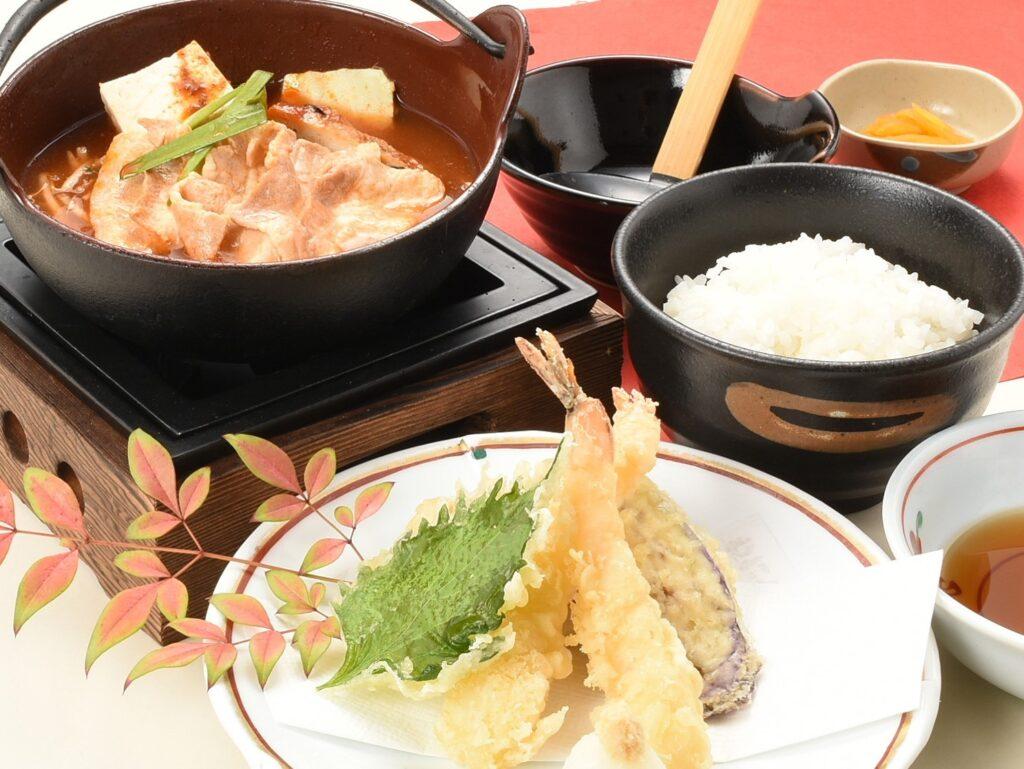 選べる小鍋定食